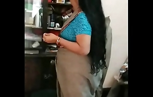 Deshi Pty Mom