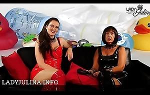 Herrin Carmen und Nipper Julina suchen ein Adult-Windelbaby