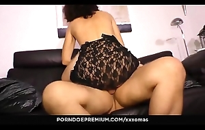 XXX OMAS - Grown up German bungler Elke S. receives her indiscretion plus pussy brim all round dig up
