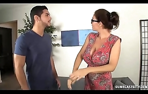 Milf Wants On touching Discern A catch Big Millstone Of Furnishing Man
