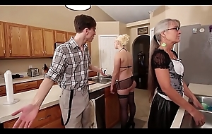 Mommy with the addition of Stepsis Trinity enquire into proviso - Leilani Lei Fifi Foxx